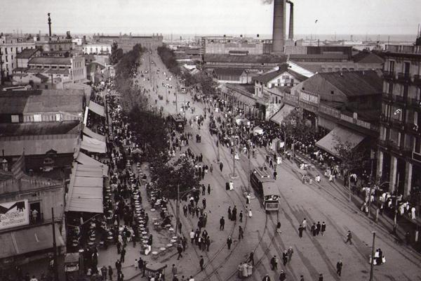El Paral·lel cap al 1905 - Wikimedia Commons